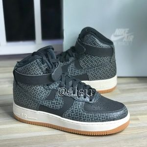 NWT Nike Air Force 1 HI PRM BLACK-gum brawn WMNS